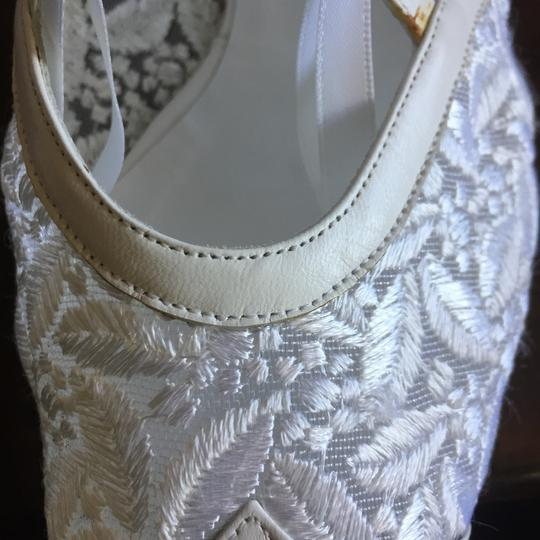 Peter Fox Vintage Victorian Bridal Lace Classic white Formal Image 5