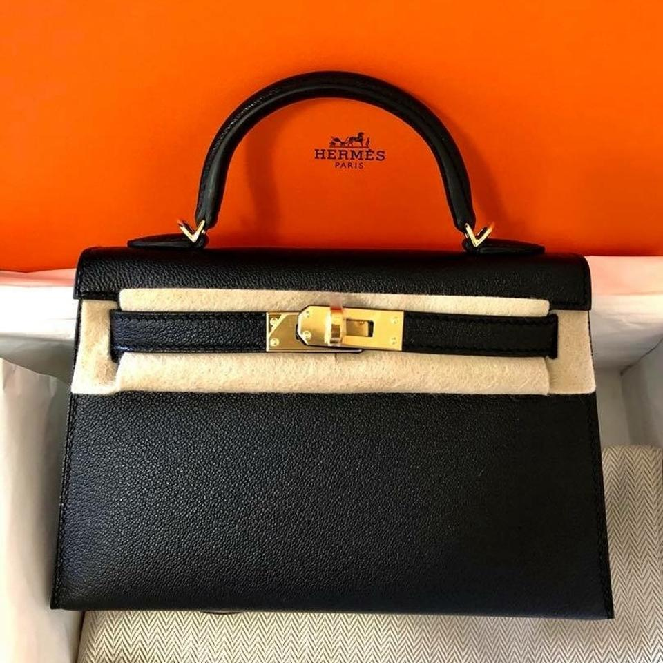 5a2bcafcecc94 Hermès Kelly Mini 20 Noir Chèvre Cross Body Bag - Tradesy