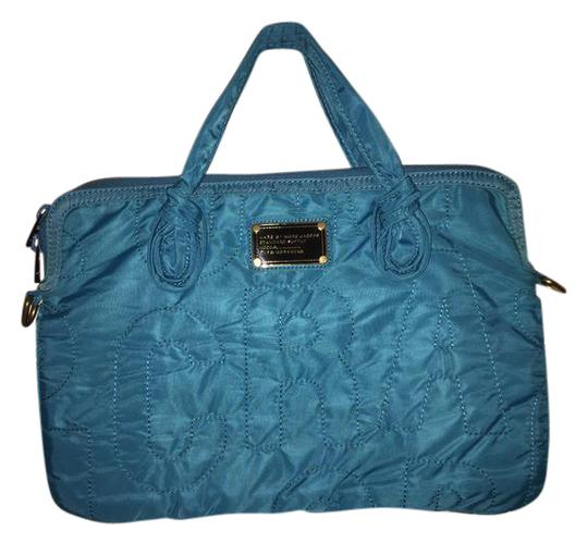 marc by marc jacobs teal peacock nylon quilted computer laptop bag tradesy. Black Bedroom Furniture Sets. Home Design Ideas