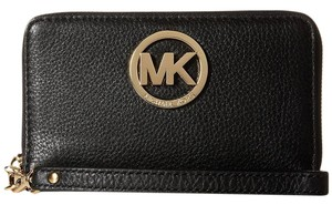 Michael Kors Phone Case Pebbled Leather Multifunction Large Fulton Wristlet in Black / Gold