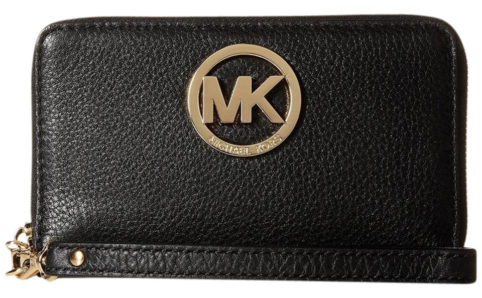 43a6908dd6f2a Michael Kors Phone Case Pebbled Leather Multifunction Large Fulton Wristlet  in Black   Gold ...