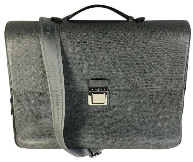Item - Vassili Pm Glacier Taiga Grey Leather Shoulder Bag