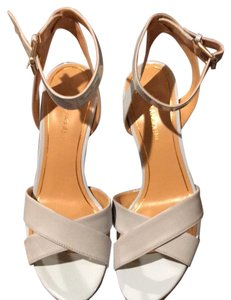 1dabefd5362 Enzo Angiolini Sandals - Up to 90% off at Tradesy