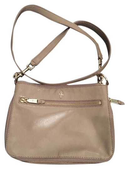 Preload https://item4.tradesy.com/images/cole-haan-nude-patent-leather-cross-body-bag-2189418-0-0.jpg?width=440&height=440