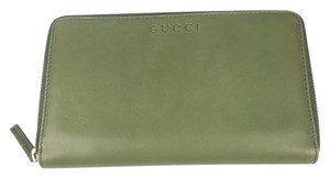 Gucci Gucci XL Green Tea Softcalf Leather Zip Around Wallet #321117