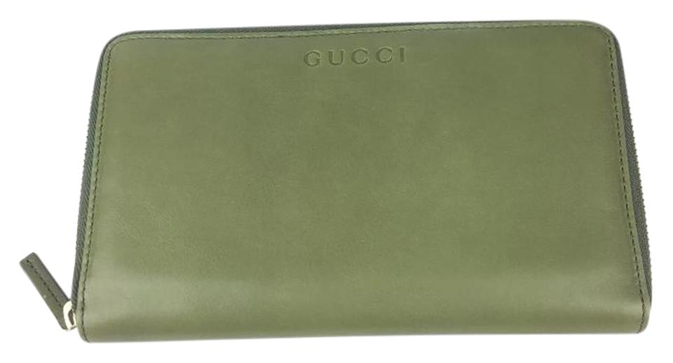 2af2eae91ce Gucci Gucci XL Green Tea Softcalf Leather Zip Around Wallet  321117 Image 0  ...