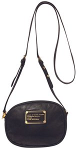 Marc Jacobs Refurbished Leather Lined Cross Body Bag