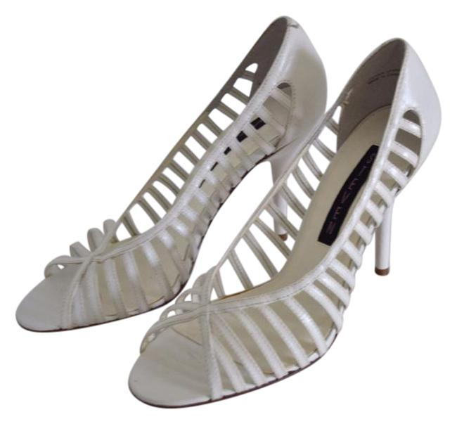 Item - White Cut Out Pumps Size US 8 Regular (M, B)