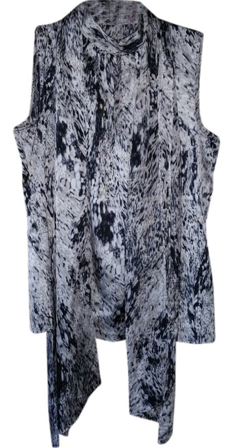 Preload https://item2.tradesy.com/images/vince-camuto-multicolor-blouse-size-0-xs-2189561-0-0.jpg?width=400&height=650
