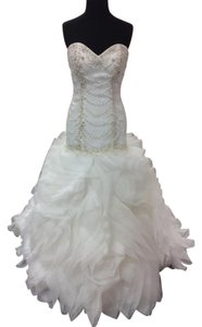Alfred Angelo Ivory Organza 263 Ariel Modern Wedding Dress Size 6 (S)