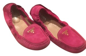 Prada Scrunch Driving Loafer Loafer Pink Peonia Flats