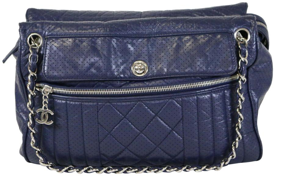 ec9077b39628 Chanel 50s Perforated Perforated 50s Tote in Navy Image 0 ...