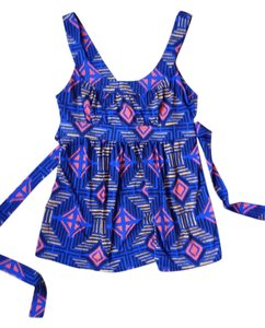 Forever 21 Top Blue, pattern: black, orange, yellow