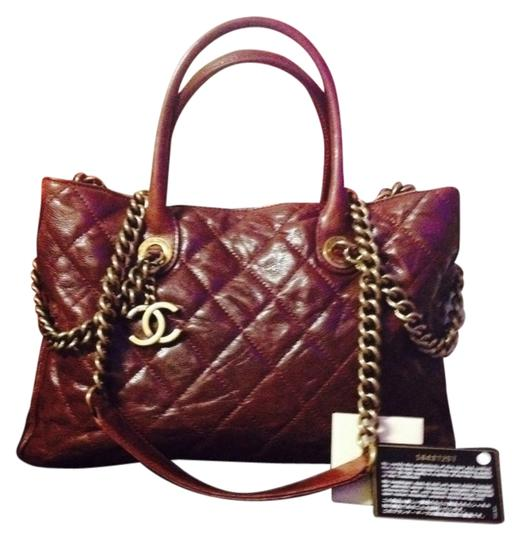 Preload https://item4.tradesy.com/images/chanel-shiva-quilted-burgundy-caviar-leather-tote-2190023-0-7.jpg?width=440&height=440