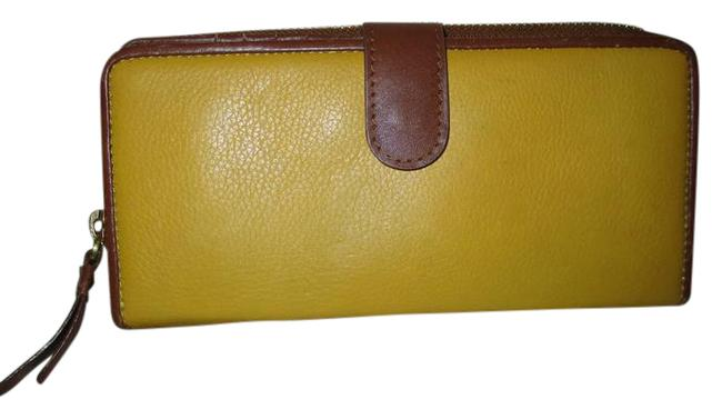 Item - Yellow & Brown Leather Full Size Zip Around Wallet