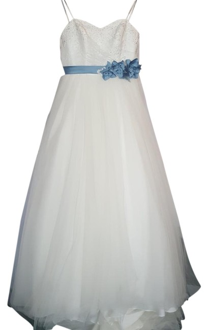 Item - Ivory/ Once Upon A Time Blue Lace and Soft Net 2446 Feminine Wedding Dress Size 6 (S)