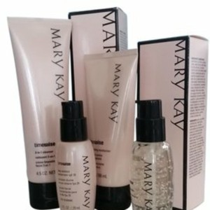 Mary Kay Marykay TimeWise Miracle Set