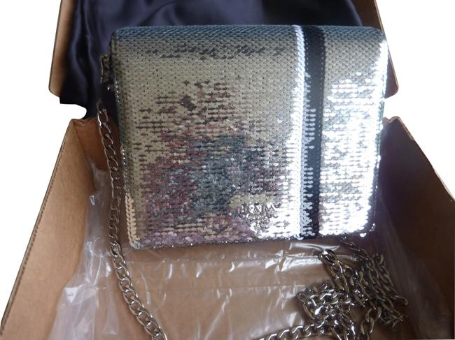 Item - Sequined Silver Cross Body Bag
