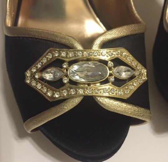 Badgley Mischka Peep Toe Jeweled Satin Special Occasion Black and Gold Formal
