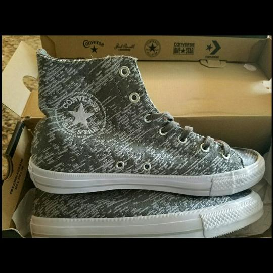Converse Grey and White Athletic Image 4