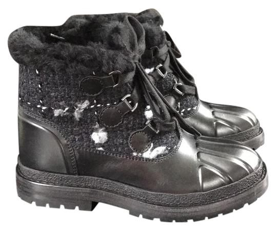 Preload https://img-static.tradesy.com/item/21902883/chanel-black-tweed-rubber-chunky-snow-bootsbooties-size-eu-35-approx-us-5-regular-m-b-0-1-540-540.jpg