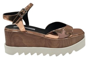 Stella McCartney Ankle Strap Side Buckle Made In Italy Rubber Solke Open Toe metallic rose gold Platforms