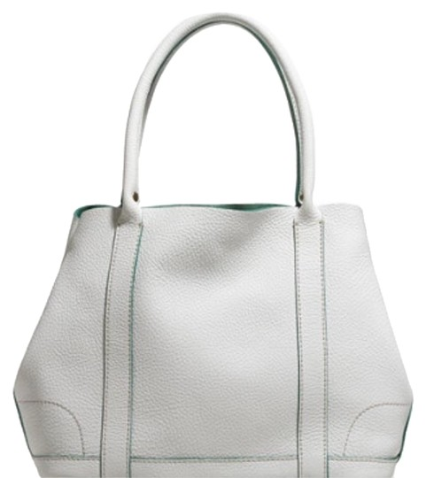 Preload https://item3.tradesy.com/images/jcrew-white-leather-tote-2190367-0-2.jpg?width=440&height=440