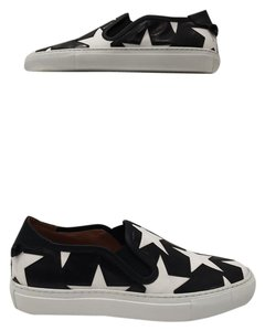 Givenchy Calf Leather Upper Round Toe Rubber Sole Star Print Slip On black Athletic