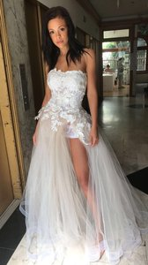 White/Nude Lace/Organza Couture Gown Formal Wedding Dress Size 6 (S)