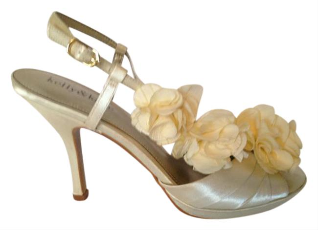 Item - Ivory Sling Back Formal Size US 7.5 Regular (M, B)