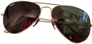 Ray-Ban Ray-Ban Original Aviator Gold Sunglass