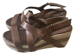 Antelope brown leather Wedges