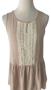 Buttons Top Beige