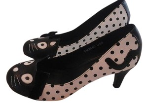 T.U.K Black and white Pumps