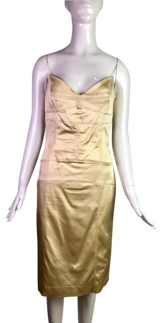 Item - Beige Fitted Satin Mid-length Cocktail Dress Size 6 (S)