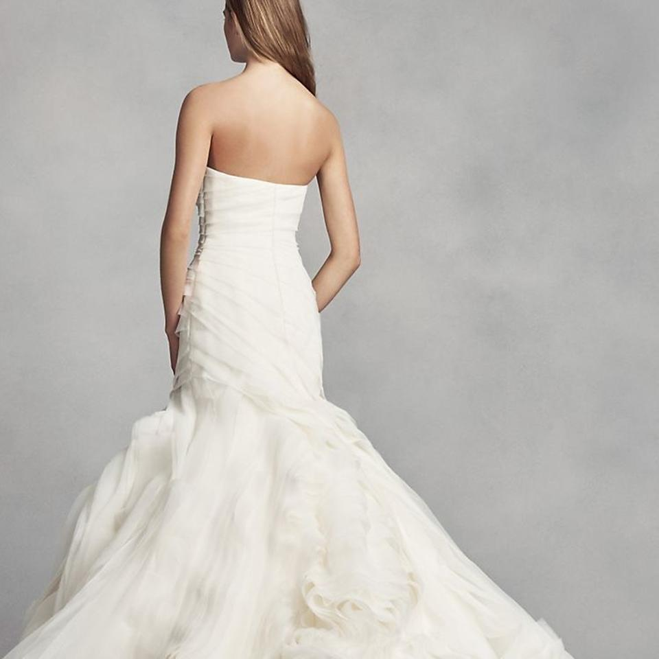 Vera wang bridal vera wang white strapless wedding gown for Vera wang wedding dresses sale