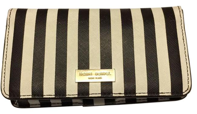 Item - West 57th Smartphone Wallet Classic Brown and White Stripes Leather Wristlet