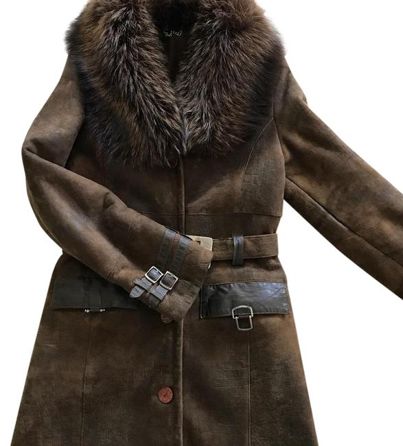 Preload https://img-static.tradesy.com/item/21911224/brown-sheepskin-with-real-fox-collar-coat-size-0-xs-0-1-650-650.jpg