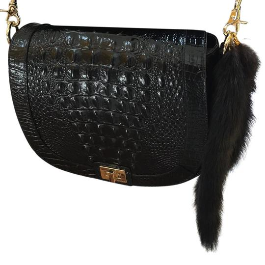 Preload https://img-static.tradesy.com/item/21911843/black-mink-tail-0-3-540-540.jpg