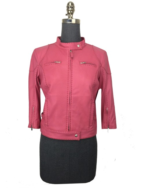 Preload https://img-static.tradesy.com/item/21912615/fendi-pink-selleria-leather-cropped-jacket-size-6-s-0-0-650-650.jpg