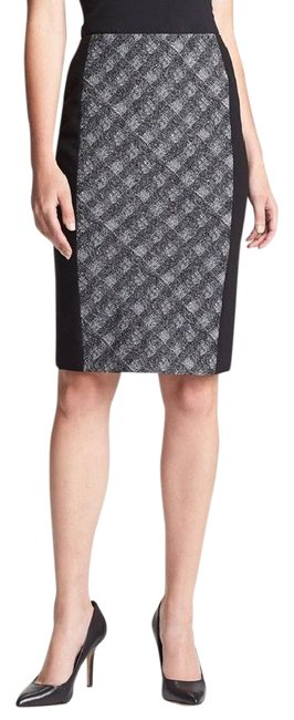 Preload https://img-static.tradesy.com/item/21912824/classiques-entier-black-new-twist-check-pencil-knee-length-skirt-size-12-l-32-33-0-1-650-650.jpg