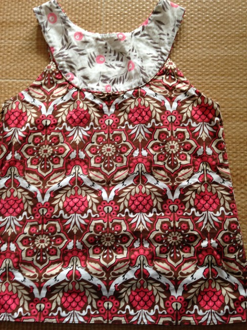 MILLY With Side Zipper Sleeveless Patterned Top floral white coral brown