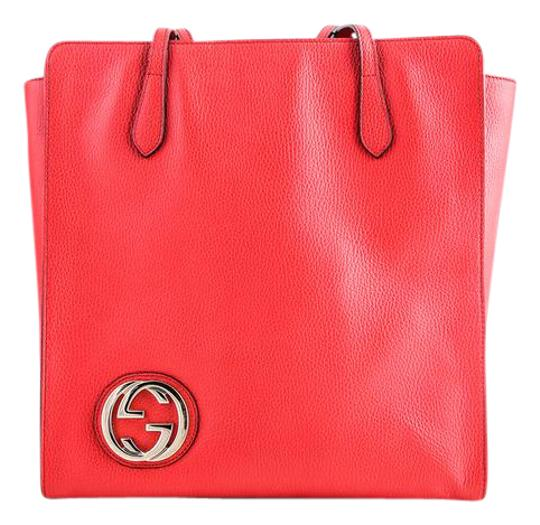 Preload https://img-static.tradesy.com/item/21913890/gucci-interlocking-red-tote-0-1-540-540.jpg
