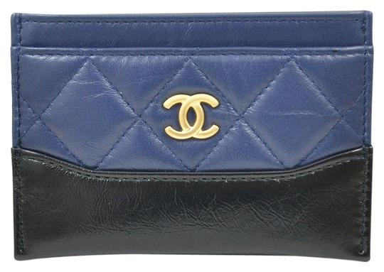 Preload https://img-static.tradesy.com/item/21914434/chanel-blue-gabrielle-classic-card-case-wallet-0-4-540-540.jpg