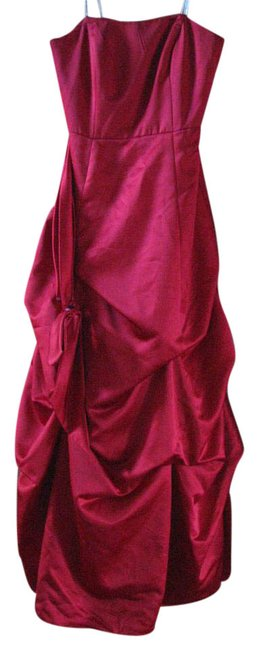 Item - Red Strapless Evenings Long Formal Dress Size 8 (M)