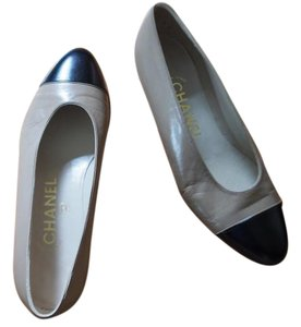 Chanel Classic Leather Two Tones Brown and black Flats