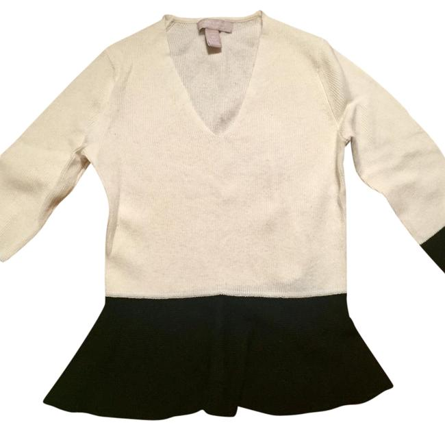 Preload https://img-static.tradesy.com/item/21914674/banana-republic-colorblock-peplum-black-and-white-sweater-0-1-650-650.jpg