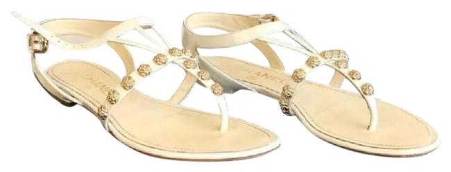 Chanel White and Gold Camellia Thongs Sandals Size EU 37 (Approx. US 7) Regular (M, B) Chanel White and Gold Camellia Thongs Sandals Size EU 37 (Approx. US 7) Regular (M, B) Image 1