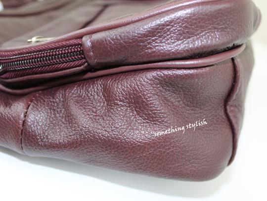 Roma Leathers Cross Body Bag Image 4