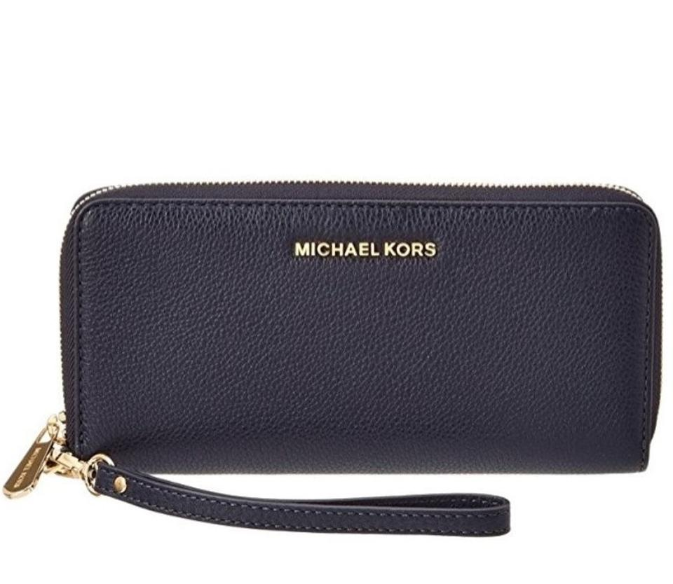 9c66194ed812 Michael Kors Bedford Travel Continental Leather Wallet Admiral Blue Image  5. 123456